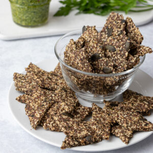 Low FODMAP seed crackers